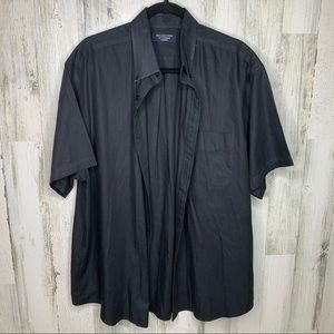 Round Tree and Yorke Classics Button Down XL